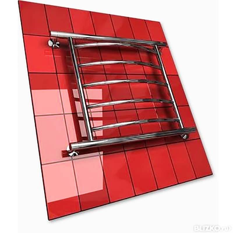 Полотенцесушитель нержавеющий на красной плитке