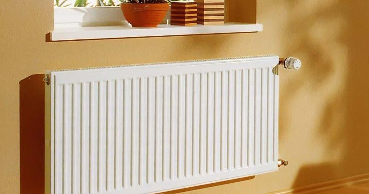 Радиатор панельный с растением