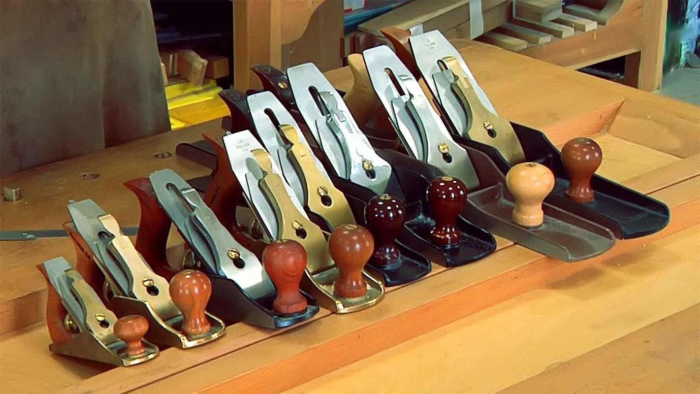 Инструменты плотника рубанок