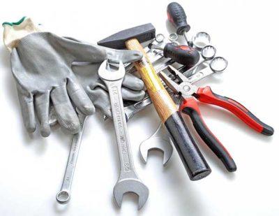 Незаменимые инструменты сантехника